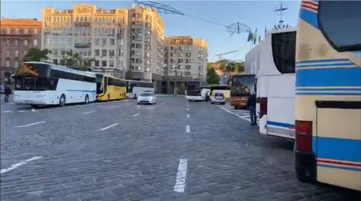 В центре Киева много автобусов / PavlovskyNews