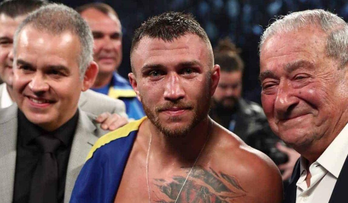 Боб Арум (справа) может организовать бой Василию Ломаченко уже летом / фото: boxingscene.com