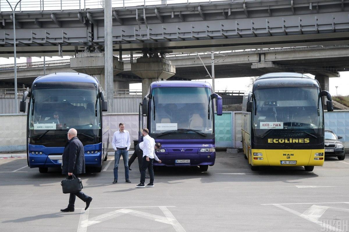 Зараз пасажири можуть купити 100 відсотків ємності автобусу / фото УНІАН