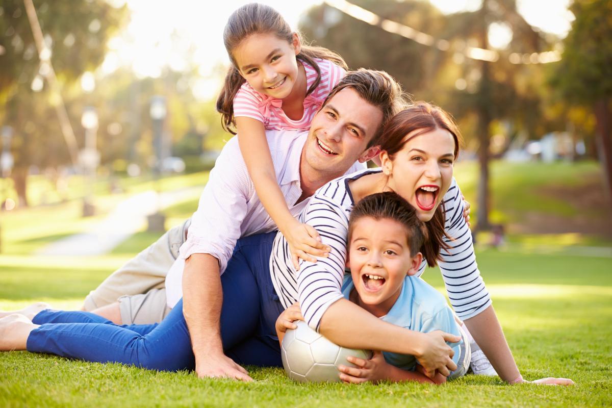 С Днем семьи 2021 / фото ua.depositphotos.com