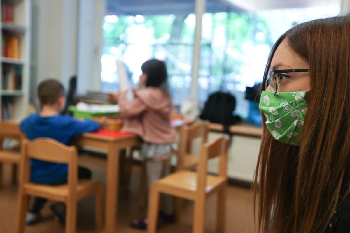 В школах ношение масок будет обязательным / фотоREUTERS