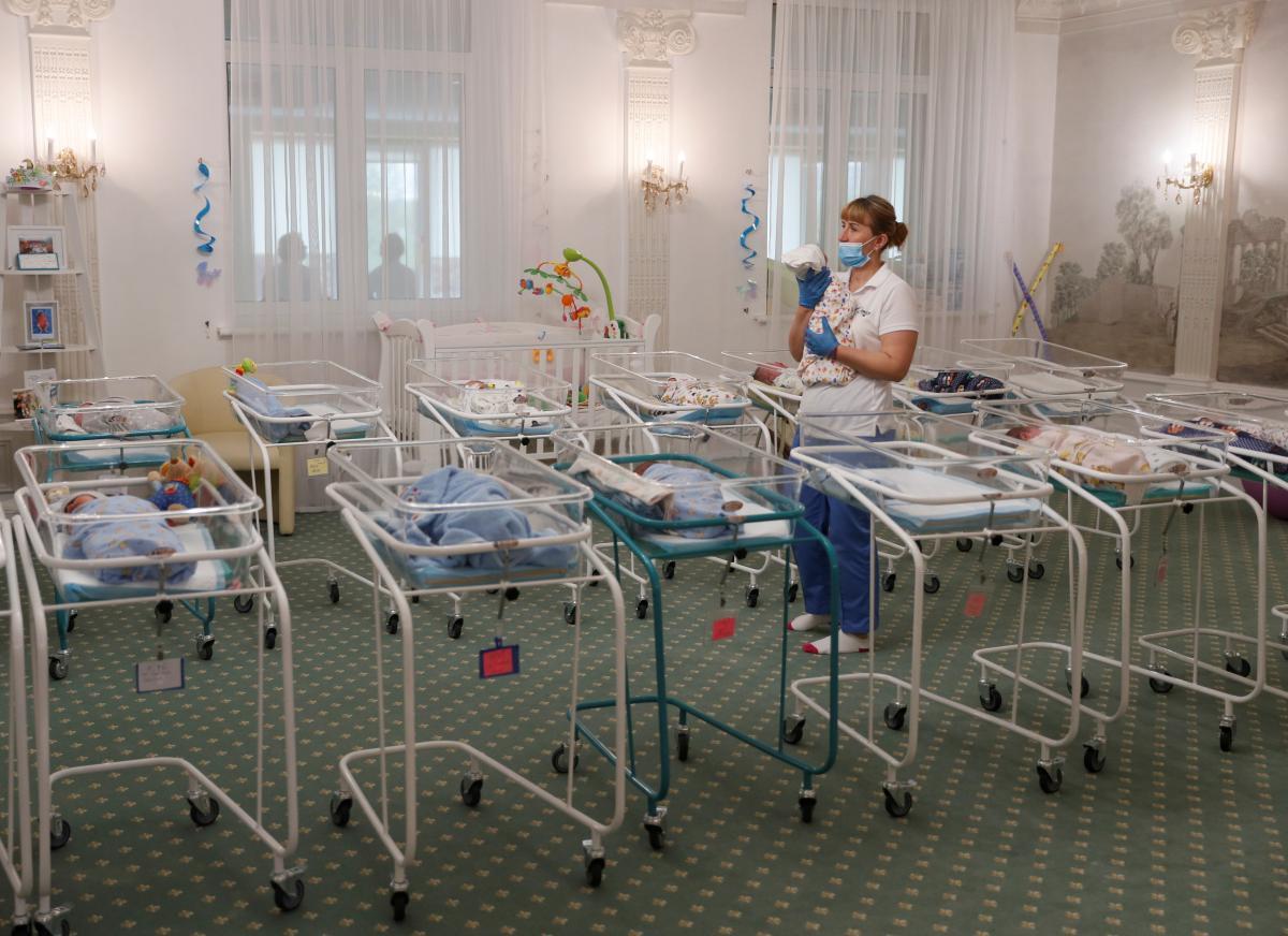 Одним из последствий пандемии в Германии стал бэби-бум / Иллюстрация REUTERS