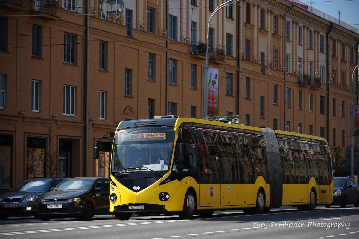 Електробус на вулицях Мінська / фото Yury Shulhevich