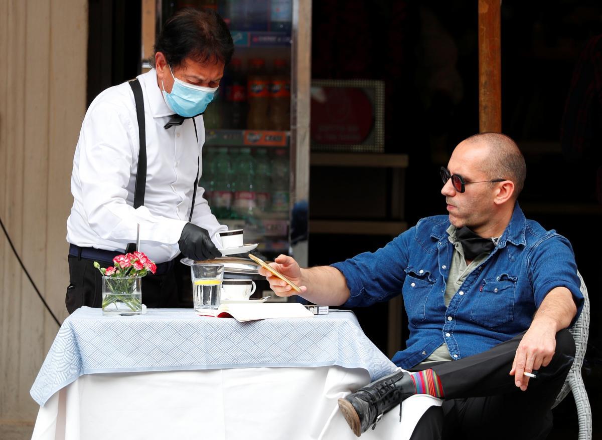 Туризм в пределах Европы внес большой вклад в распространение коронавируса / REUTERS