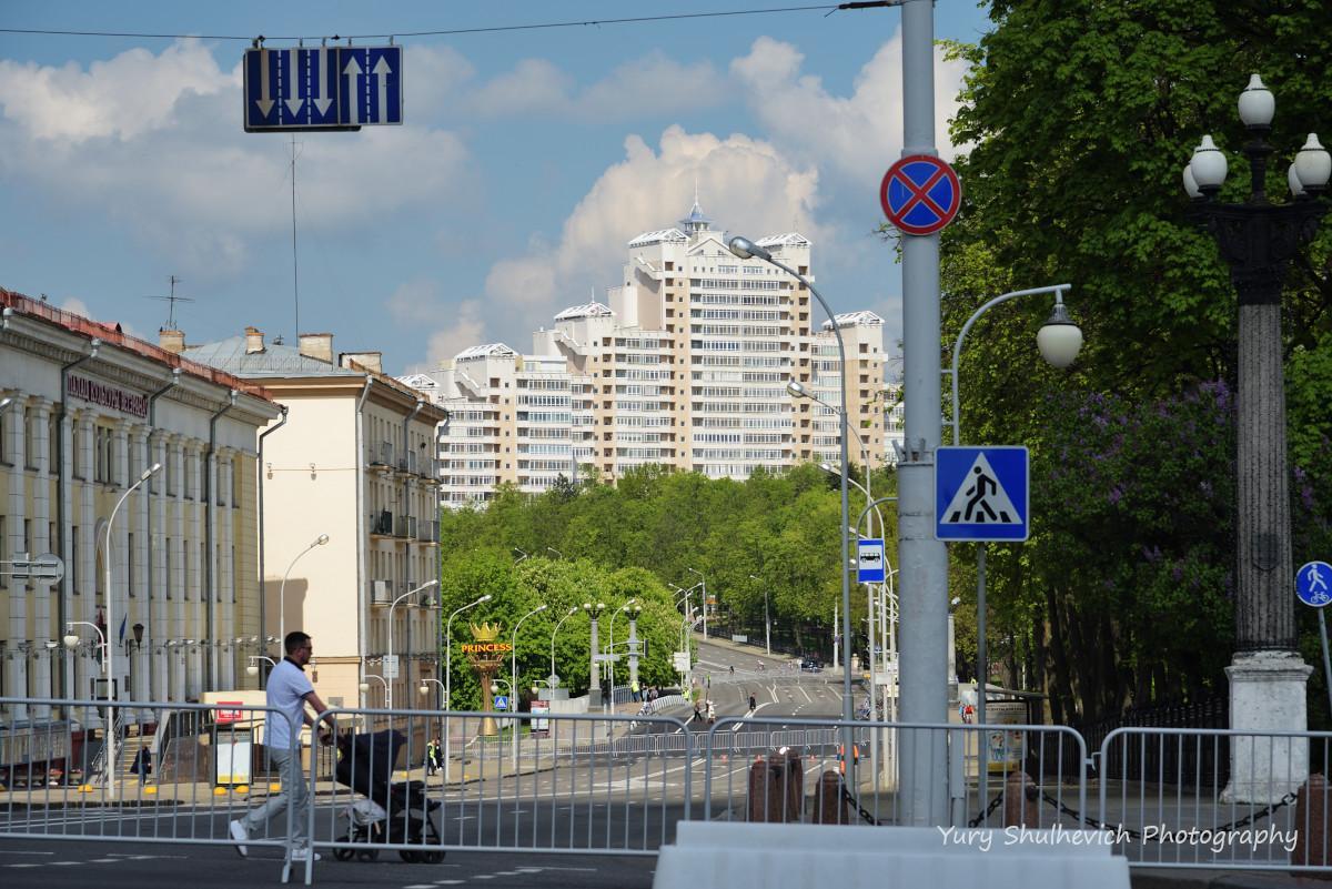 У Мінську живе трохи більше як 2 мільйони людей / фото Yury Shulhevich