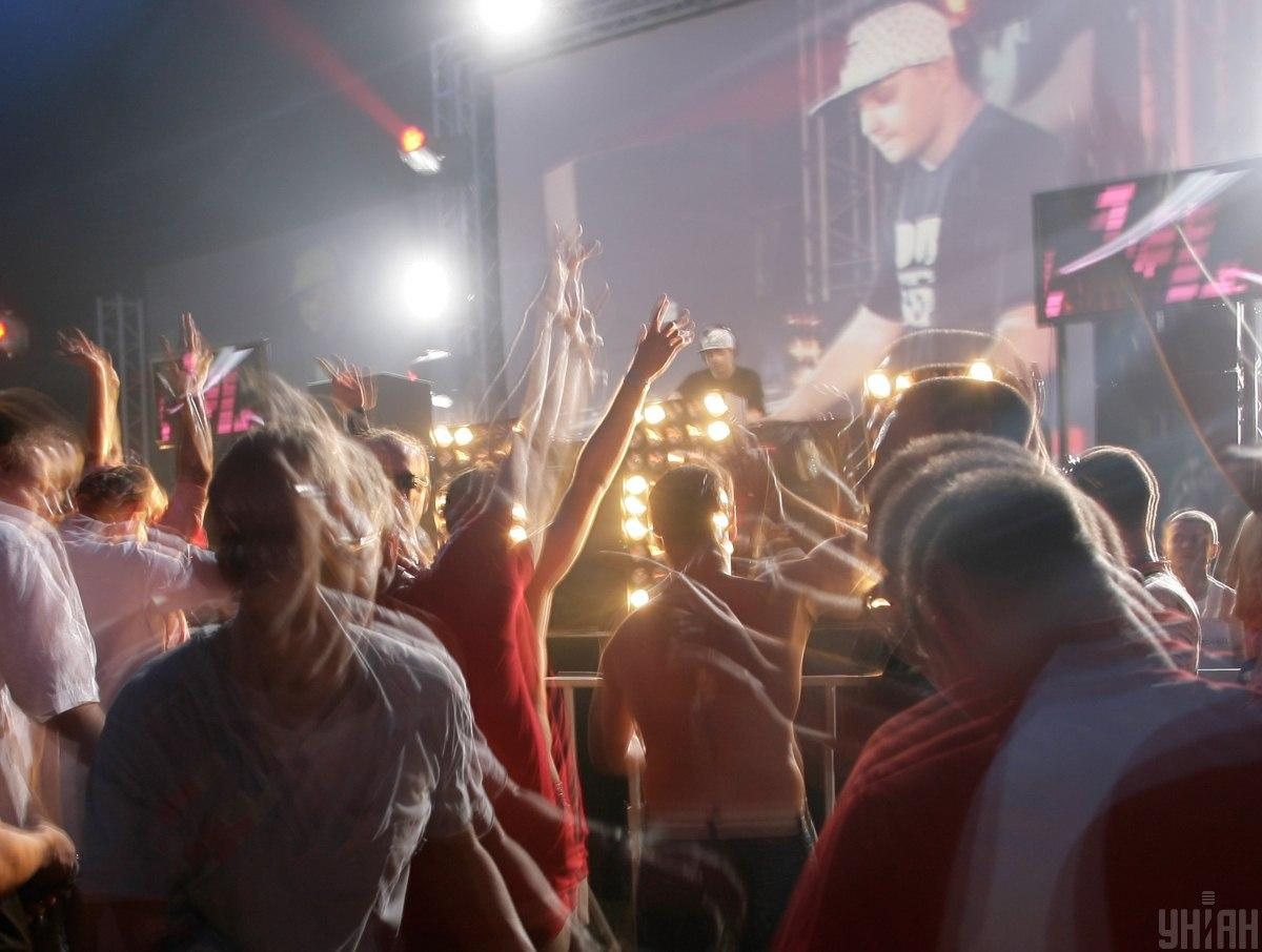 Некоторые ночные клубы Киева уже работают / фото УНИАН