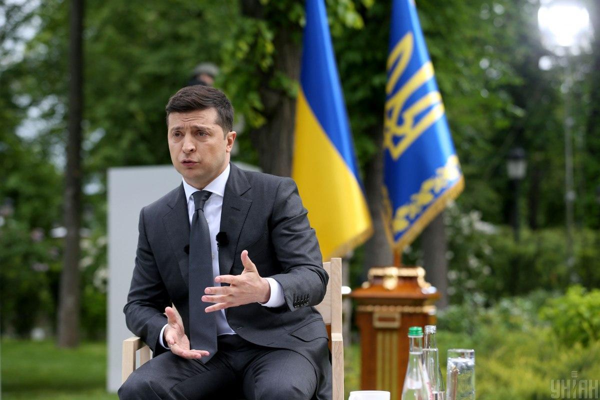 Зеленский назвал отношения с Венгрией непростыми \ Фото УНИАН