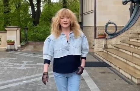 На видео не скажешь, что Пугачевой 71 год / Скриншот