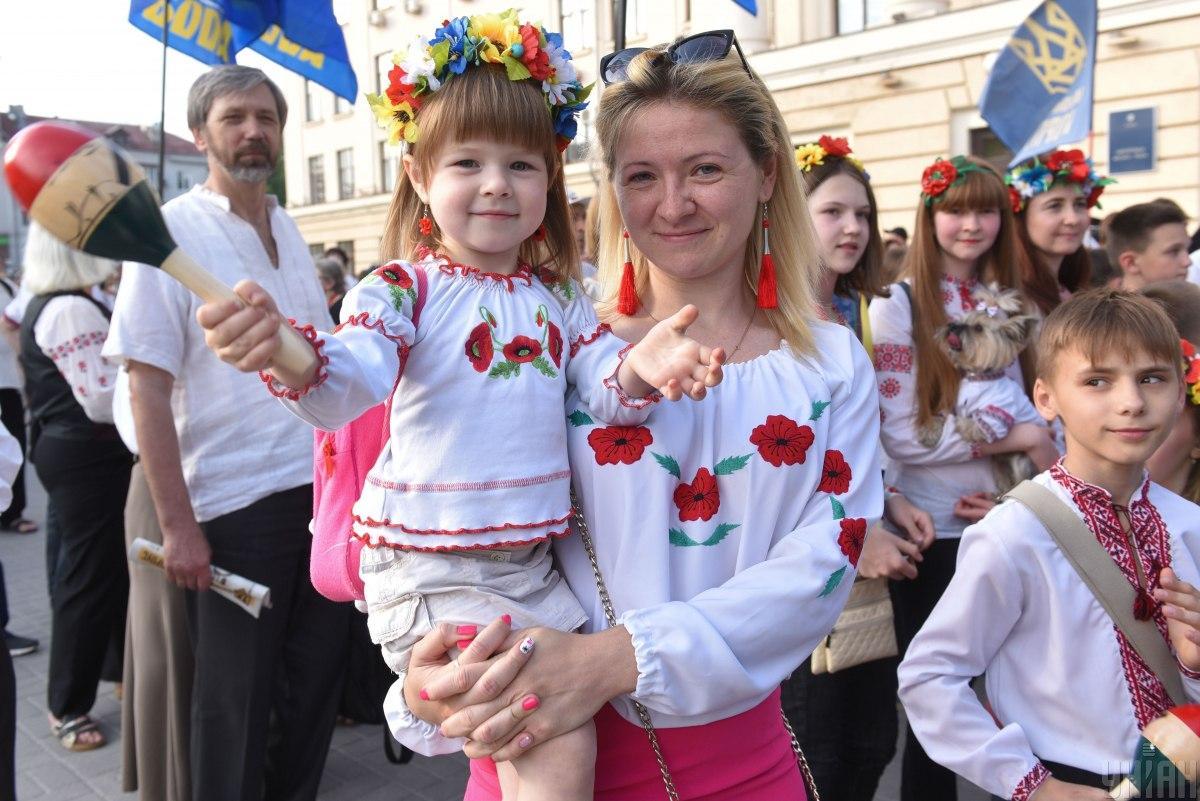 День вышиванки празднуют в Украине / фото УНИАН