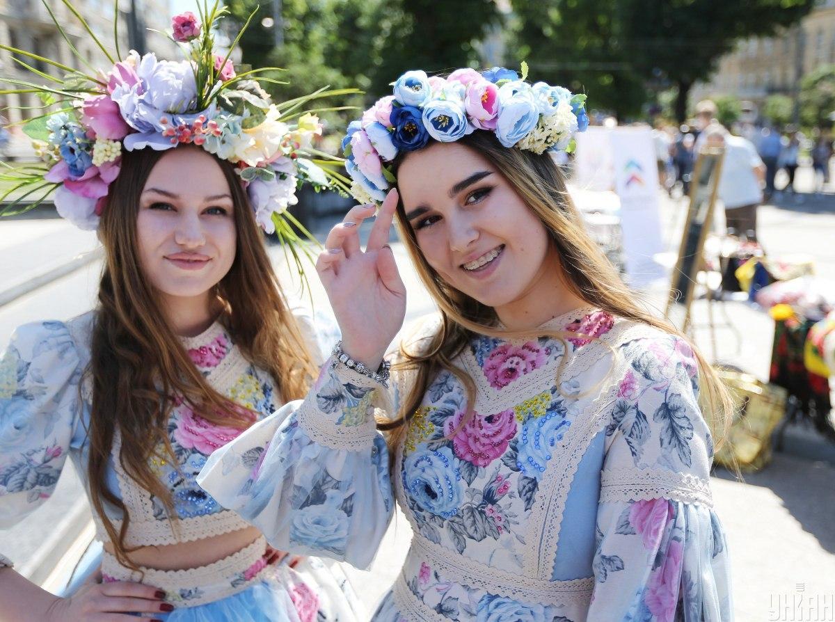 Вышиванка – это особая национальная традиция украинцев / фото УНИАН