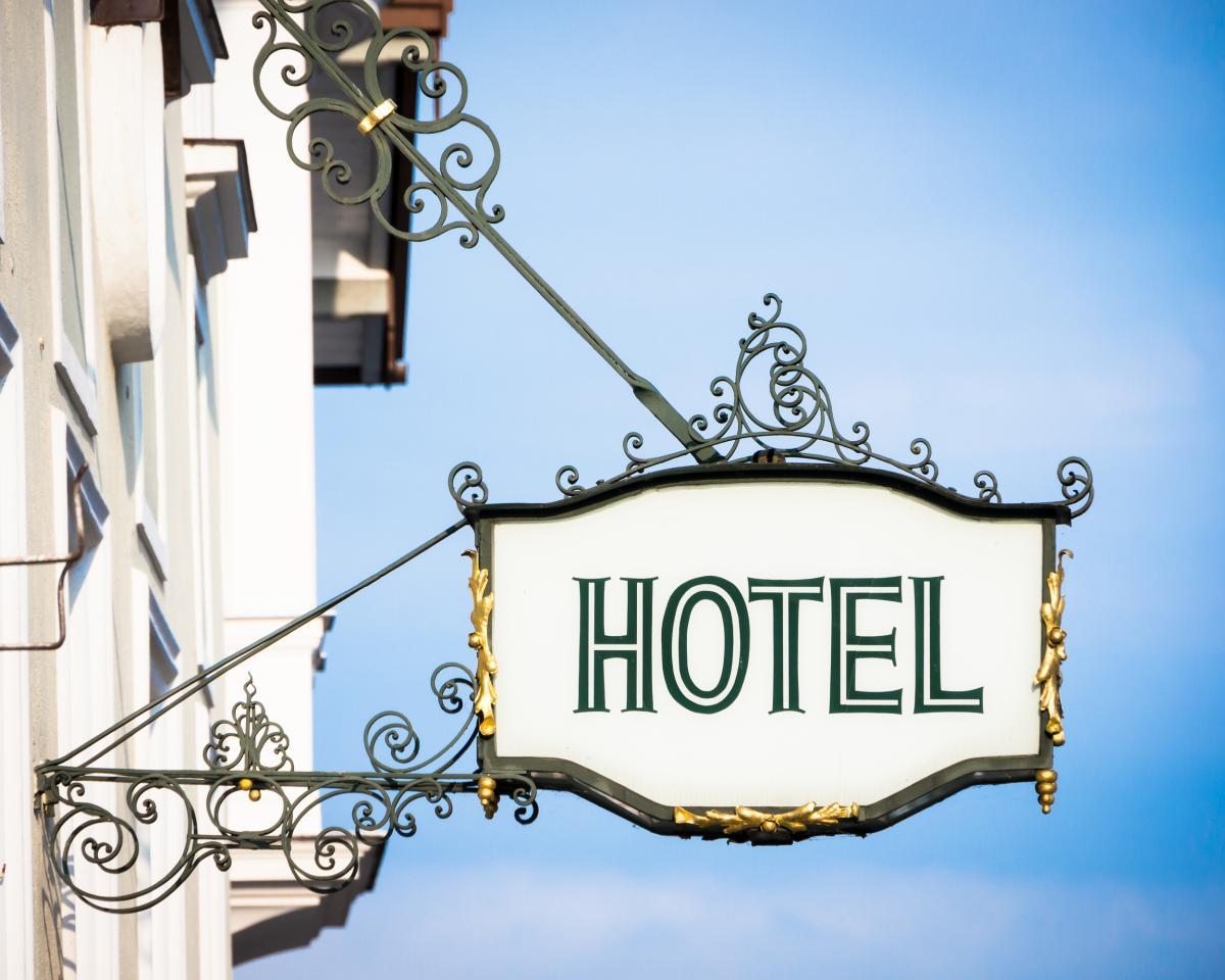 С 10 июня смогут заработать отели и санатории / фото ua.depositphotos.com