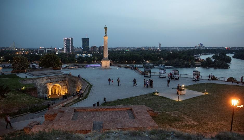 Сербия усиливает карантинные меры \ фото REUTERS