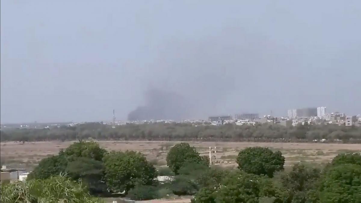 В Пакистане потерпел крушение пассажирский самолет / фото REUTERS