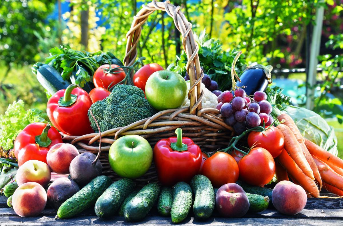 Специалисты советуют есть фрукты и овощи \ фотоua.depositphotos.com