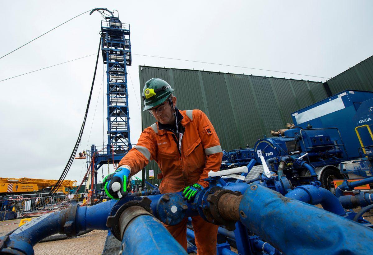 Первые 15 млн кубометров газа были ре-экспортированы в октябре в Венгрию и Польшу \ фото REUTERS