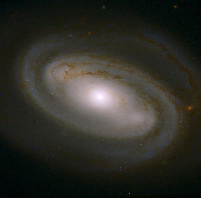 фото ESA/Hubble, NASA, and R. Barrows