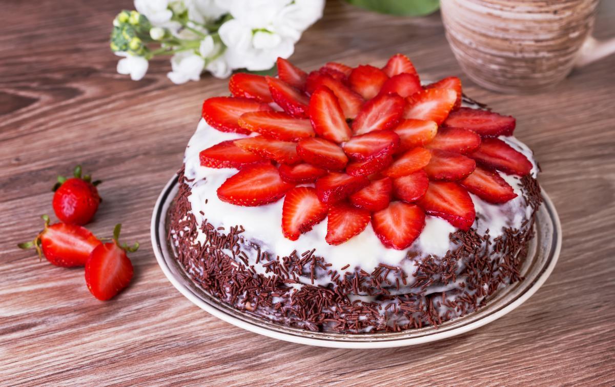 Клубничный торт - рецепт / фото ua.depositphotos.com