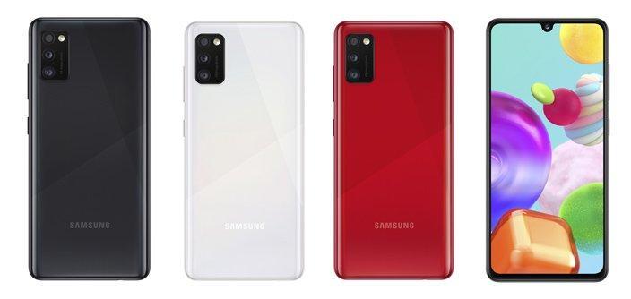 Смартфон оснащено потужним акумулятором місткістю3500 мА-год / фото Samsung