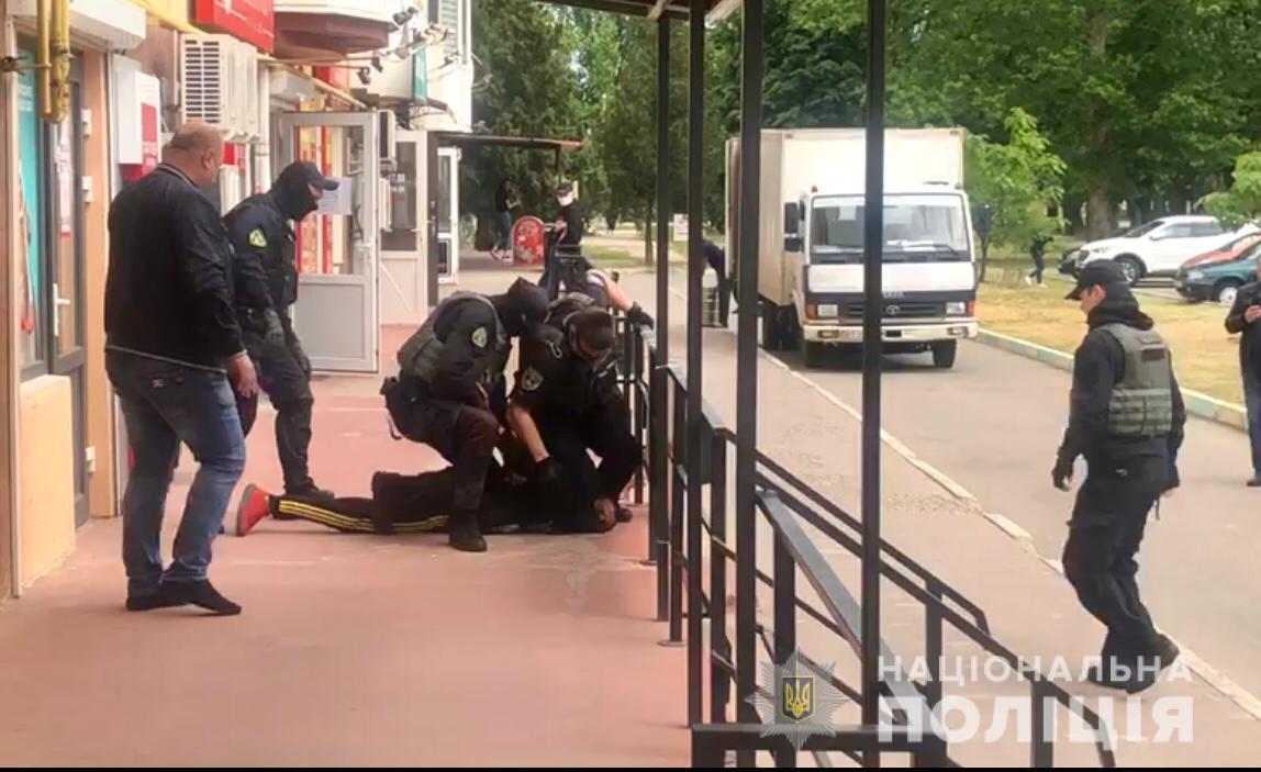 Чоловік хотів помститися прокурорам / Фото: Нацполіція
