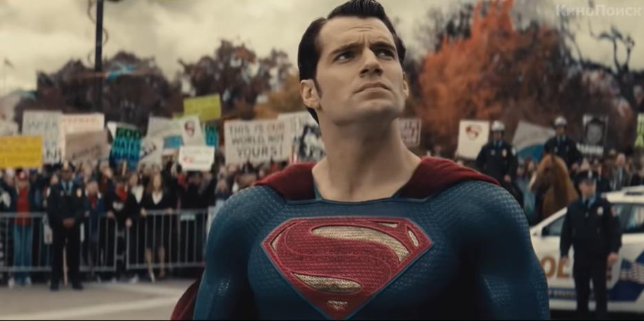Генрі Кавілл в ролі Супермена / Скріншот - Youtube, Бетмен проти Супермена: На заресправедливости