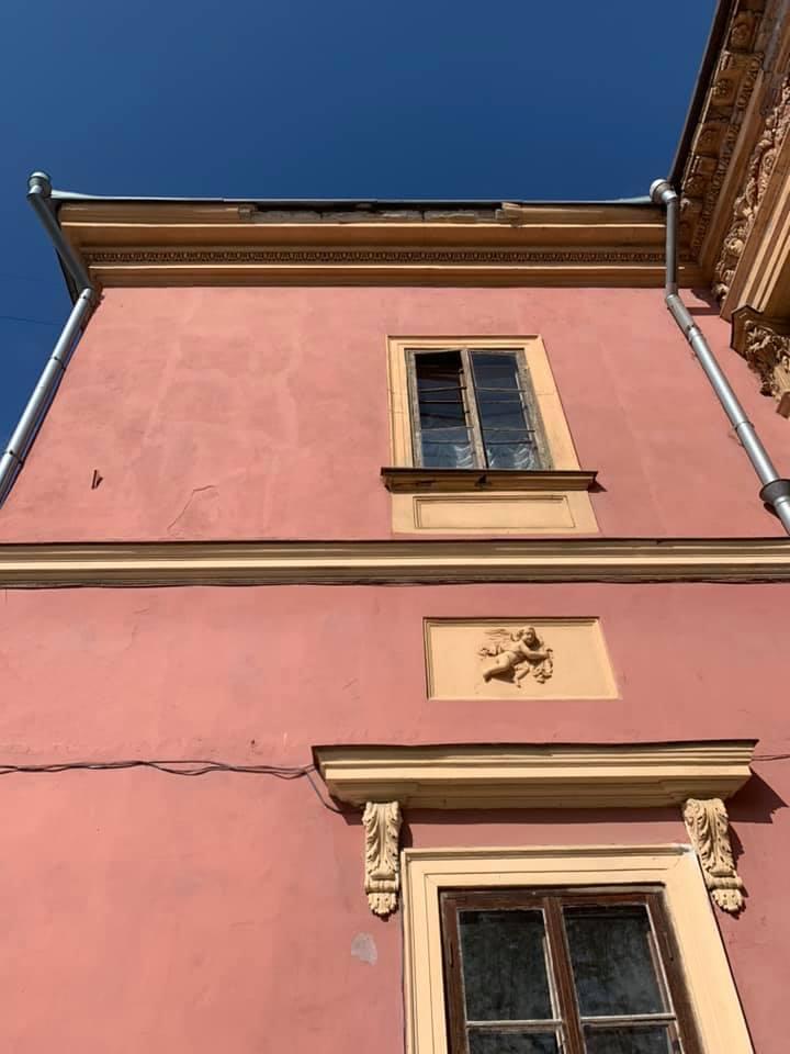 Будівля музею - пам'ятка архітектури / фото facebook.com/alexandra.kovalchuk