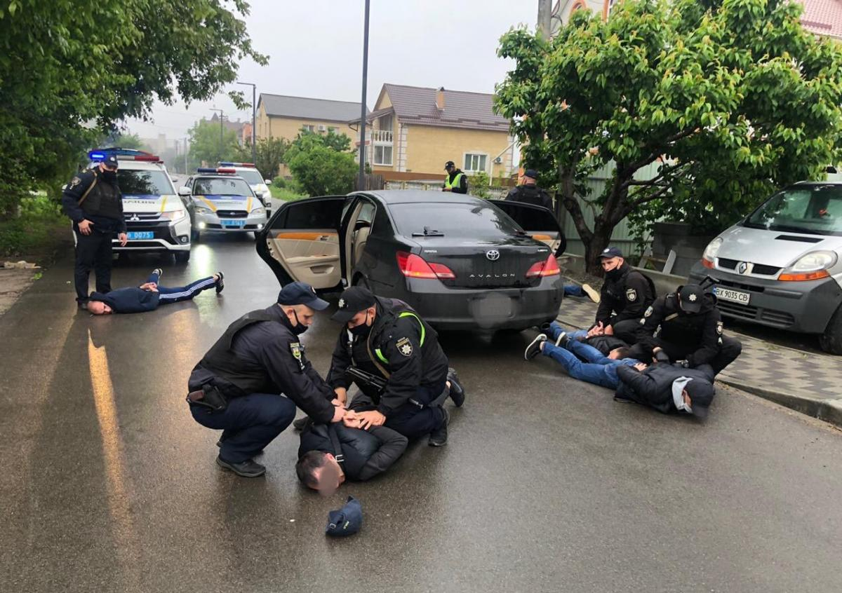 У Броварах вранці сталася масова стрілянина / фото twitter.com/Artem_Shewa