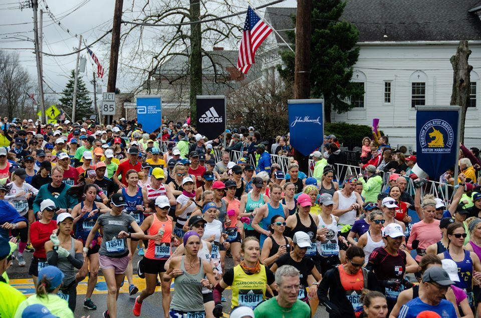 Бостонский марафон проводится ежегодно / фото facebook.com/pg/BostonMarathon