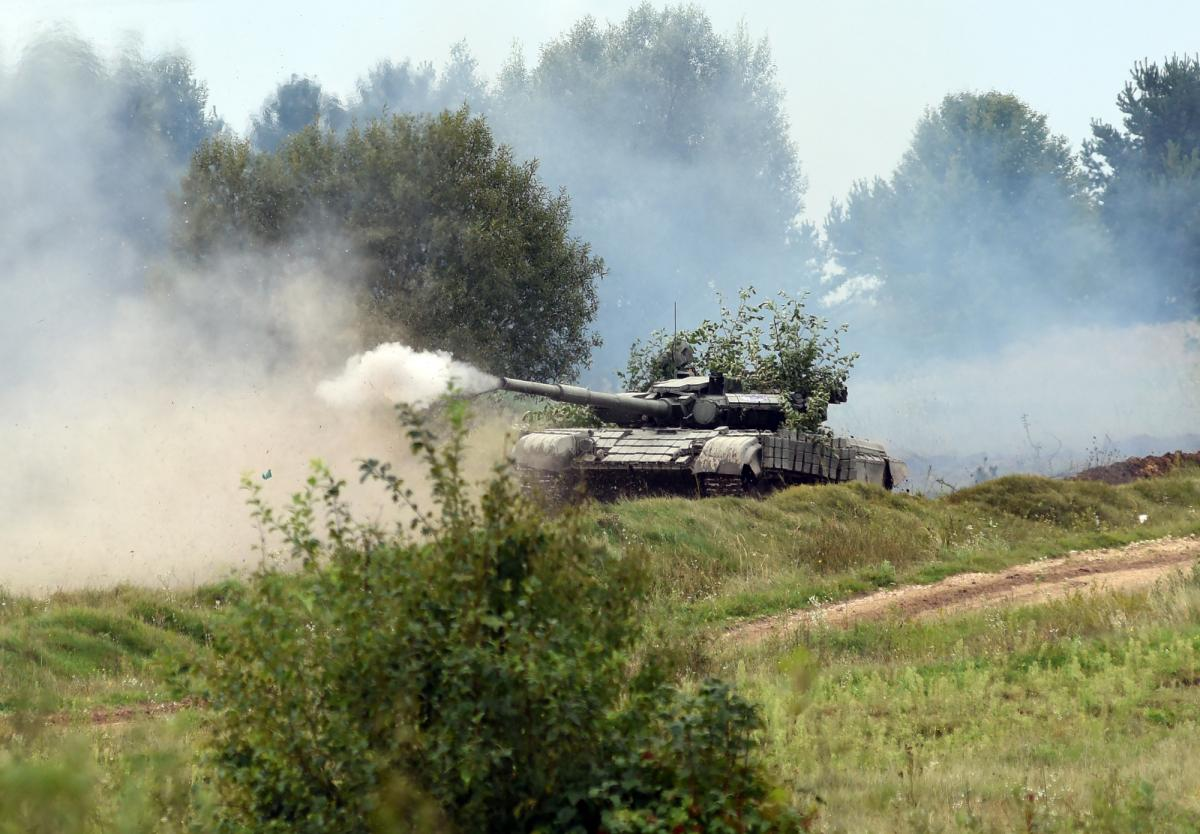На Донбассе продолжаются обстрелы / фото: ua.depositphotos.com
