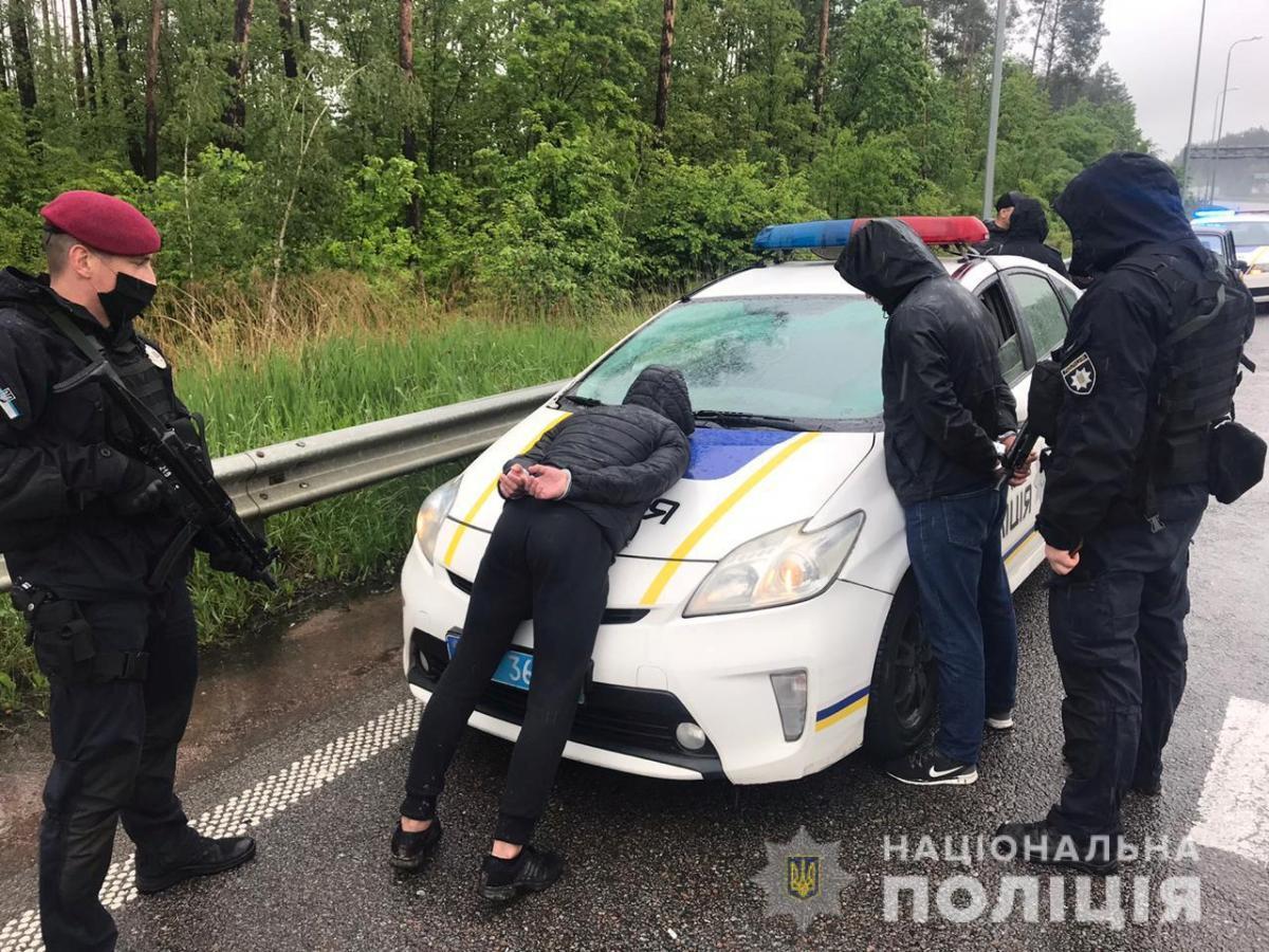 МВД опубликовало видео, как спецназ задерживал подозреваемых / фото Нацполиция
