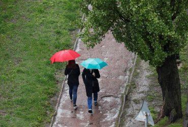 В Украине сегодня местами пройдут дожди, температура до +21° (карта)