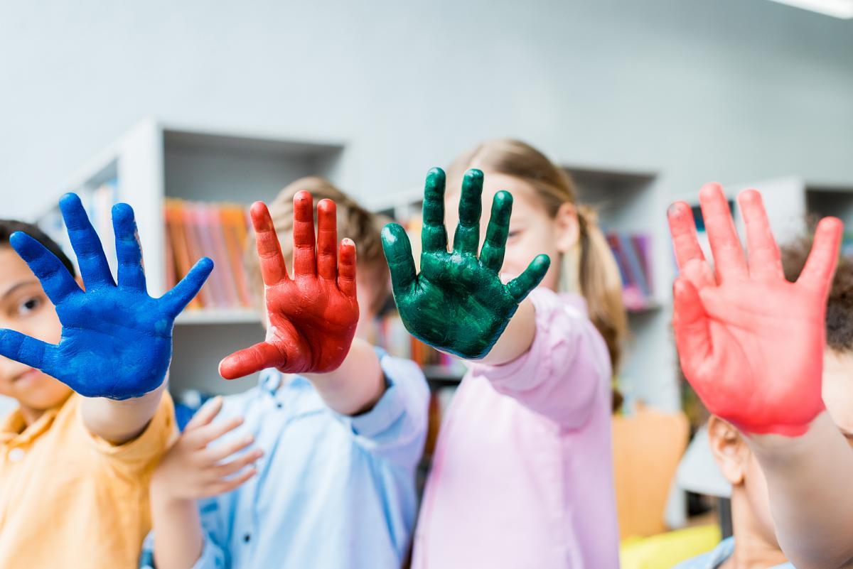Сьогодні - День розфарбовування сірості / фотоua.depositphotos.com