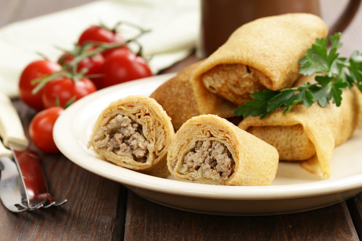 Блинчики с мясом рецепт / фото ua.depositphotos.com
