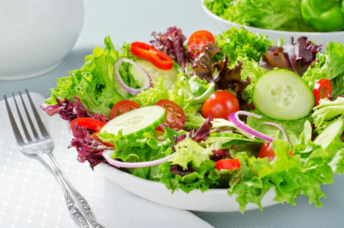 Вкусный салатбез майонеза - рецепт / фото ua.depositphotos.com