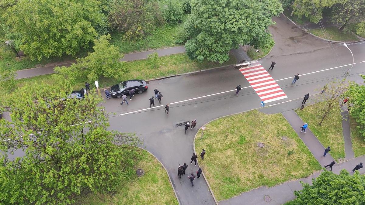 Перестрелка в Броварах - стреляли сотрудники 4 охранных фирм / фото УНИАН