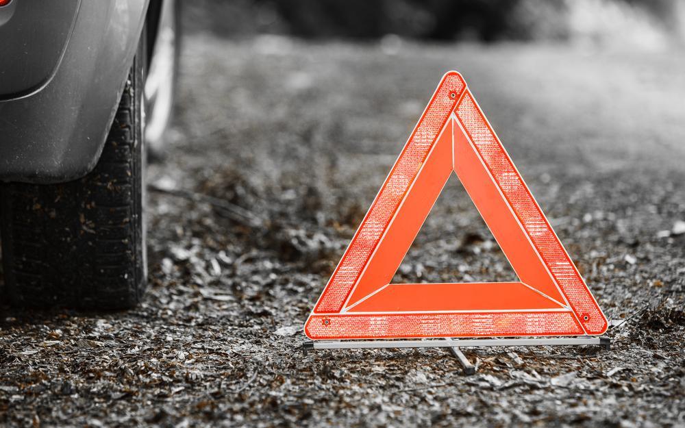 Водители автомобиля Dodge и бетономешалки DAF от госпитализации отказались / фото ru.depositphotos.com