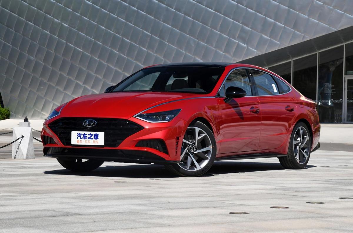 Hyundai показав довгу Sonata / фото Hyundai