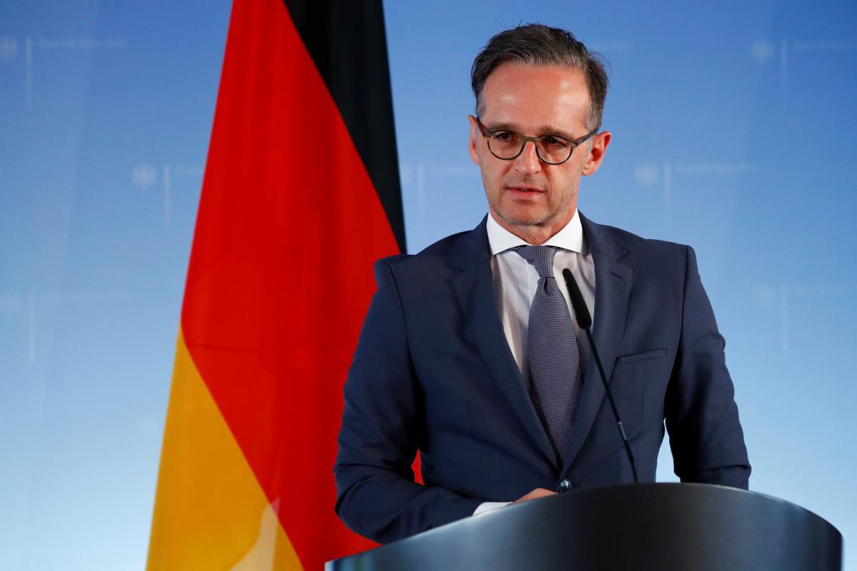 Маас зазначив, що  влада Німеччини хоче продовжувати допомагати Україні \ фото REUTERS