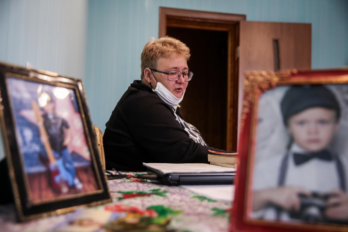 Александра Тлявова очень тяжело переживает гибель внука / фото УНИАН