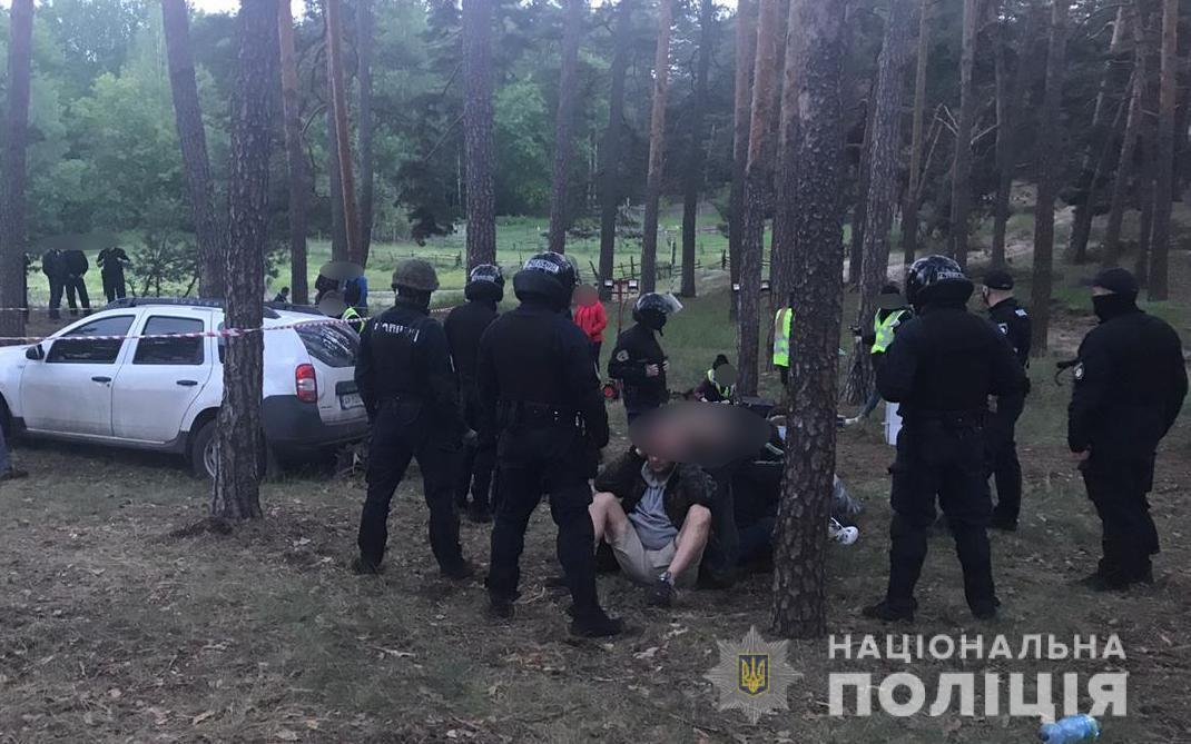 Ранее эти же лица угрожали руководителю одного из отделов полиции / фото Нацполиция