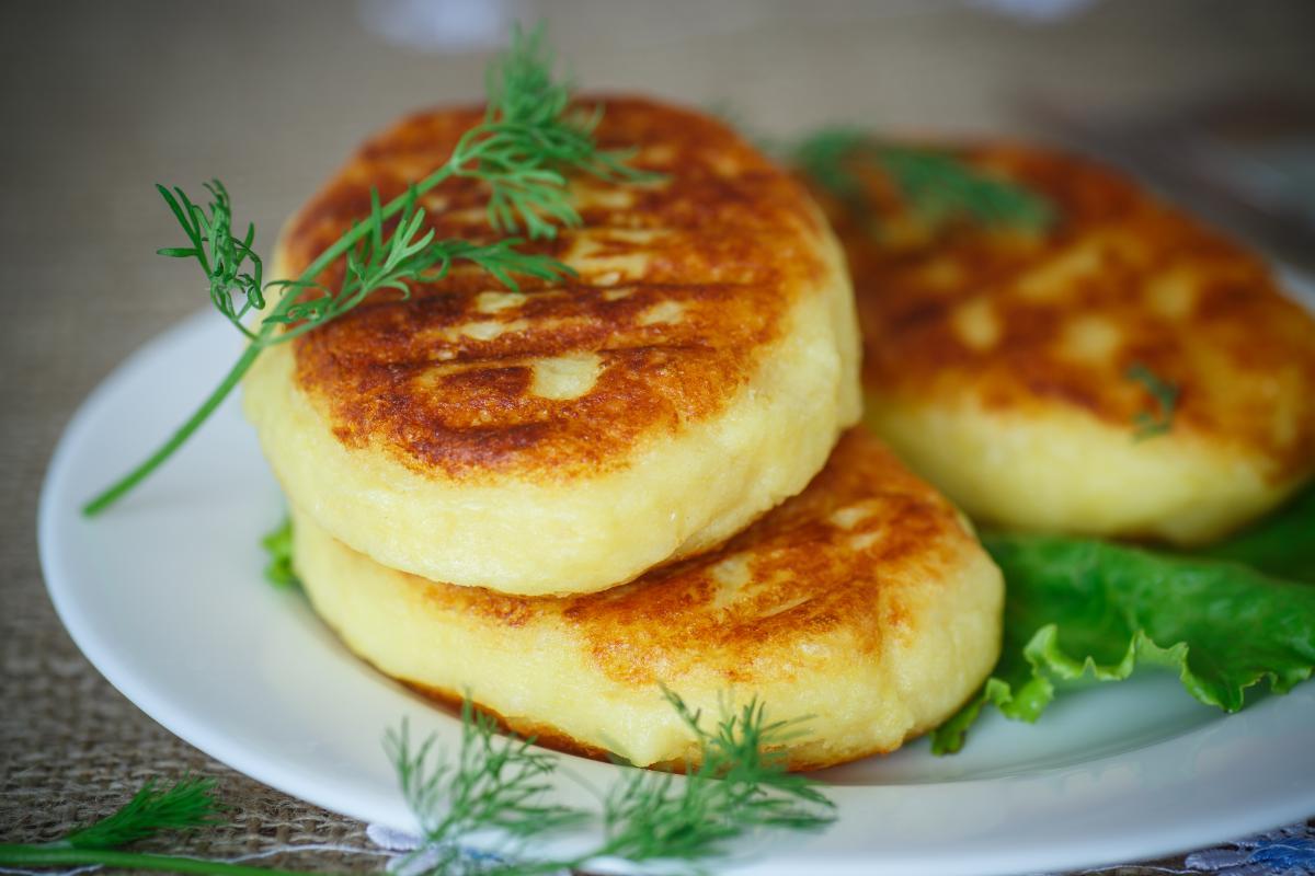 Зразы картофельные с мясом - рецепт / фото ua.depositphotos.com