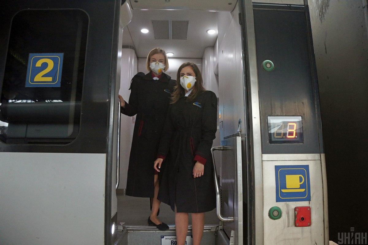 «Укрзалізниця»ще 26 травня відкрилапродаж квитківна 5 швидкісних поїздів Інтерсіті+ / фото УНІАН