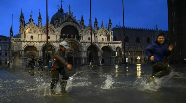 В Венеции наводнение / Фото lastampa.it