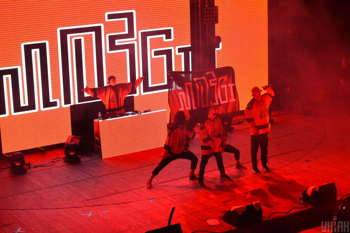 У відео зібрані яскраві та емоційні моменти з концертів групи / фото УНІАН