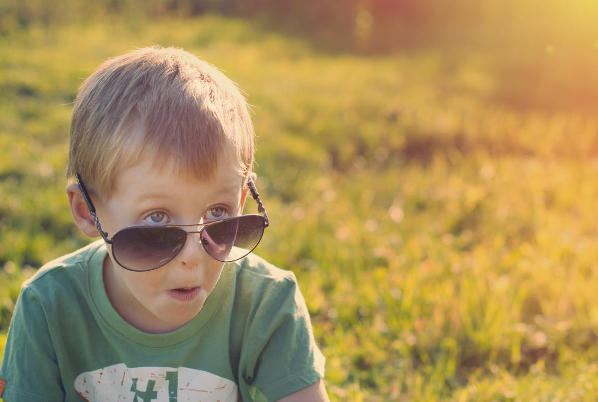 Как выбрать солнцезащитные очки для ребенка / фото ua.depositphotos.com