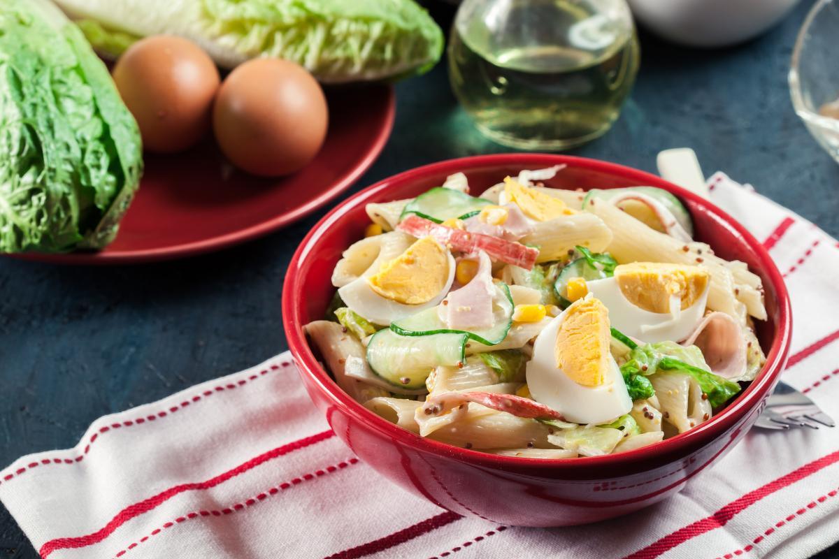 Салат из крабовых палочек рецепт / фото ua.depositphotos.com