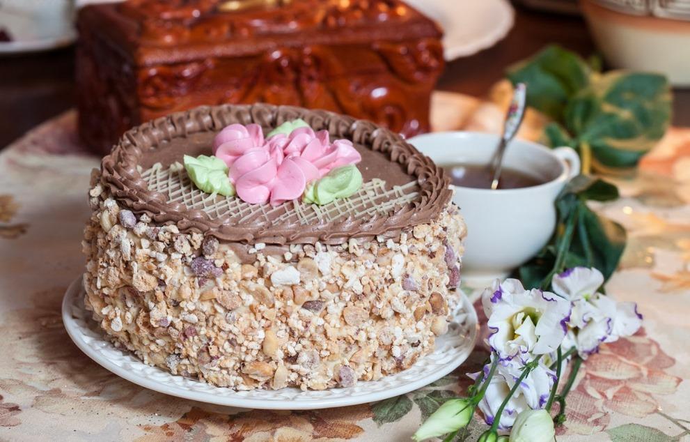 Як приготувати Київський торт / фото pinterest.com