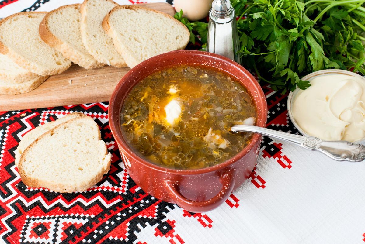 Зеленый борщ - рецепт / фото ua.depositphotos.com