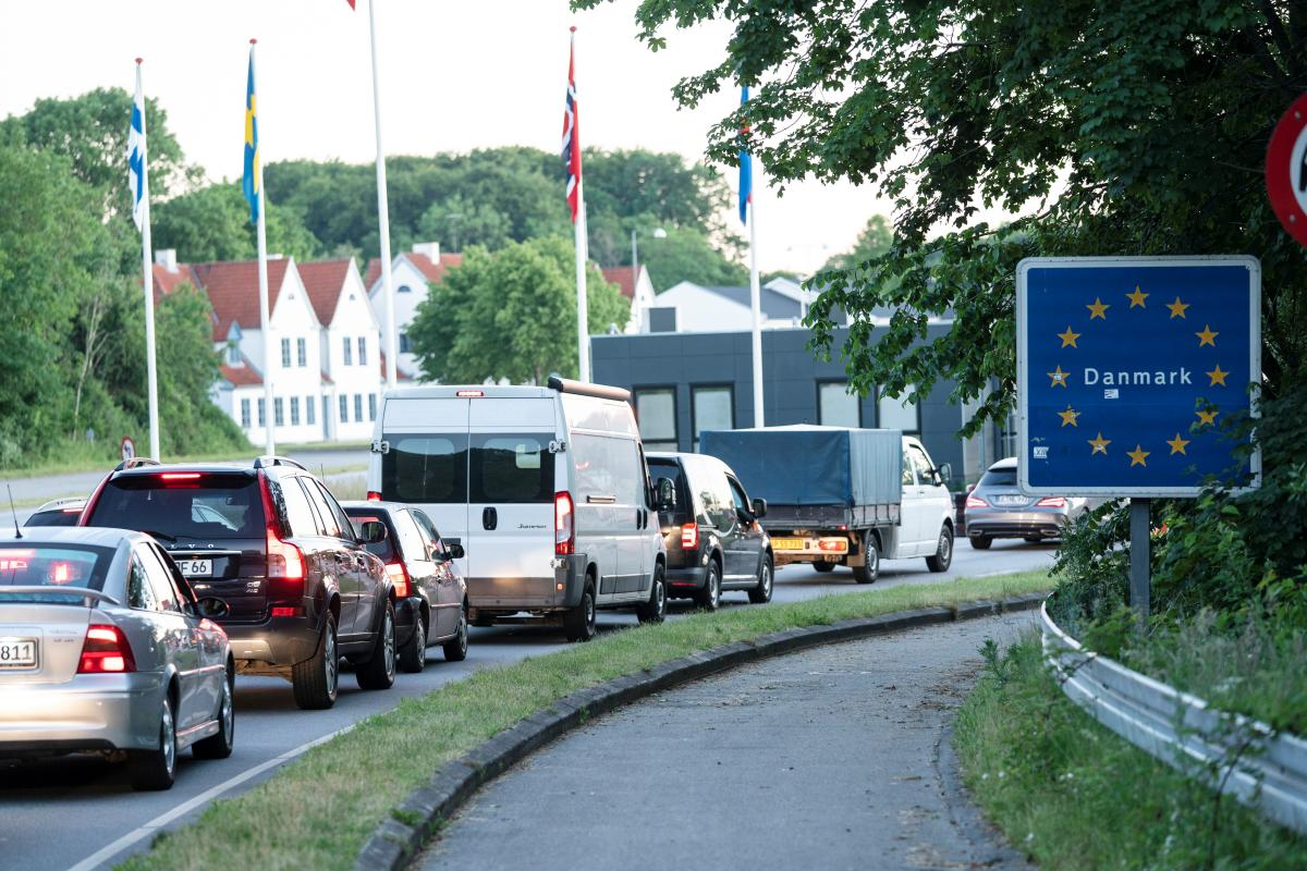 EU countries clear plan to ease cross-border tourism over summer / REUTERS