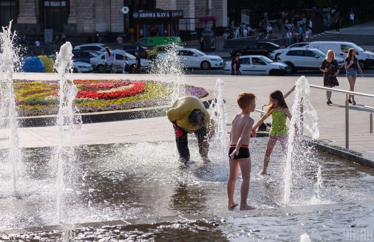 В последние дни показатели инфицирования в Украине резко прыгают / УНИАН
