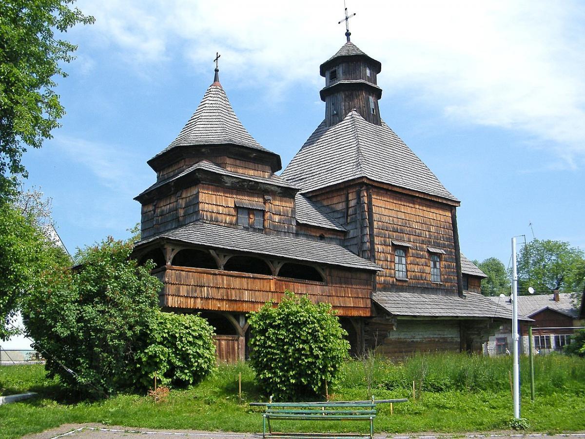 Церковь Воздвижения Честного Креста реставрируют\ Википедия